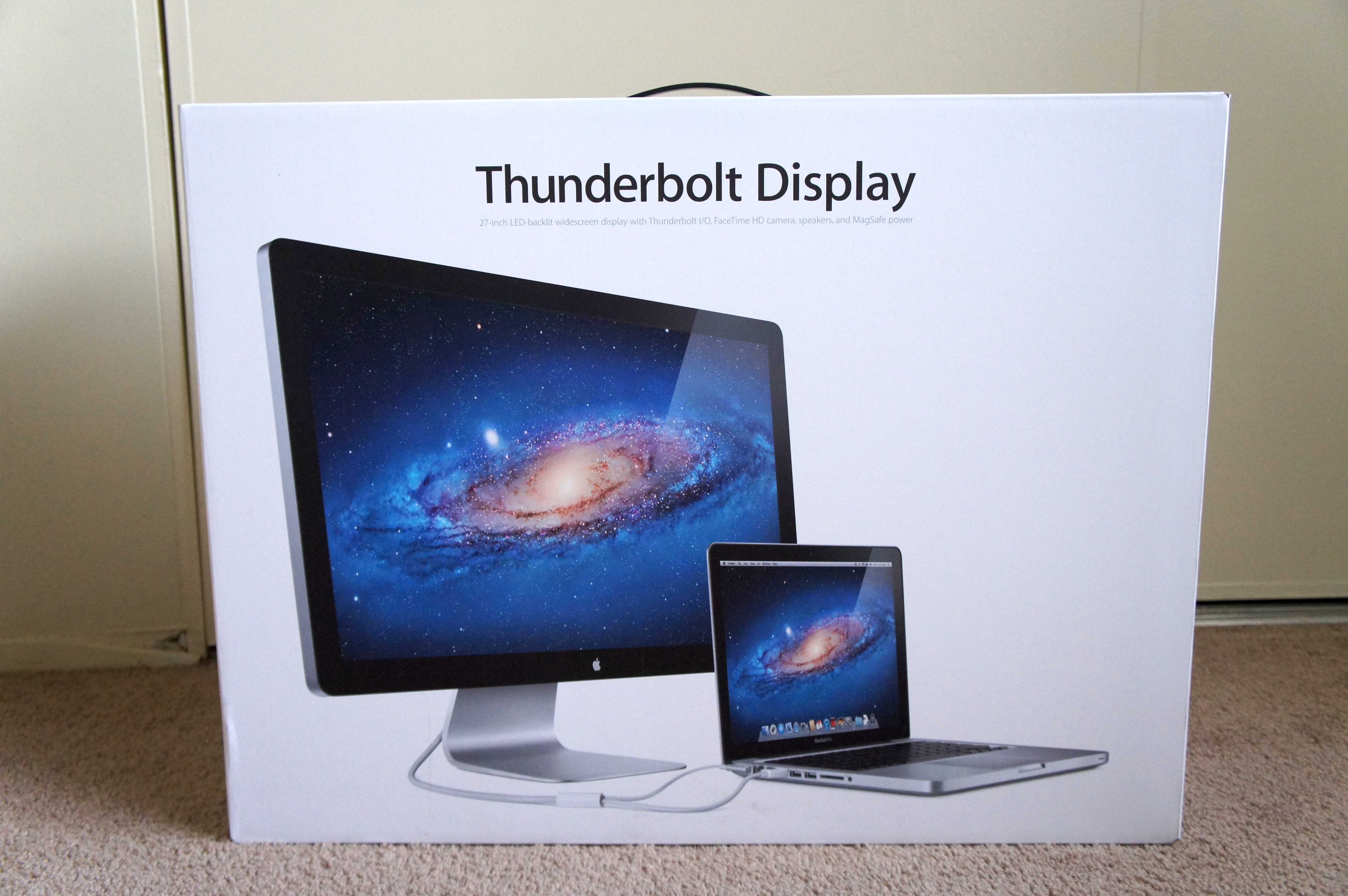 The Geek S Office Tag Archives Apple Thunderbolt Display
